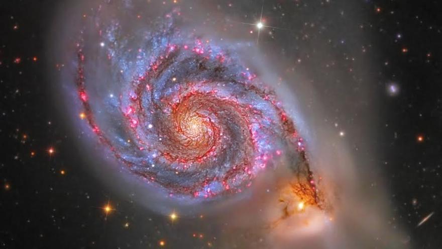 Segundo premio en la modalidad de 'Cielo Profundo': Título: Cosmic Maelstorm. Autor: Alessandro Falesiedi.