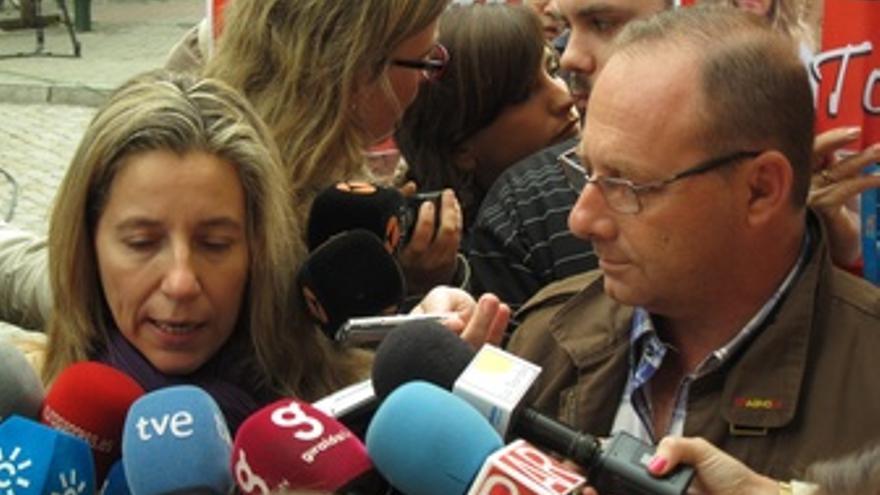 Los Padres De Marta Del Castillo Atienden A Los Medios