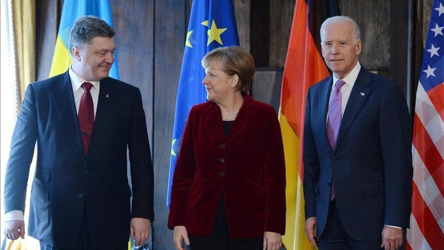"""Poroshenko pide """"apoyo militar"""" a Occidente para cerrar la crisis ucraniana"""