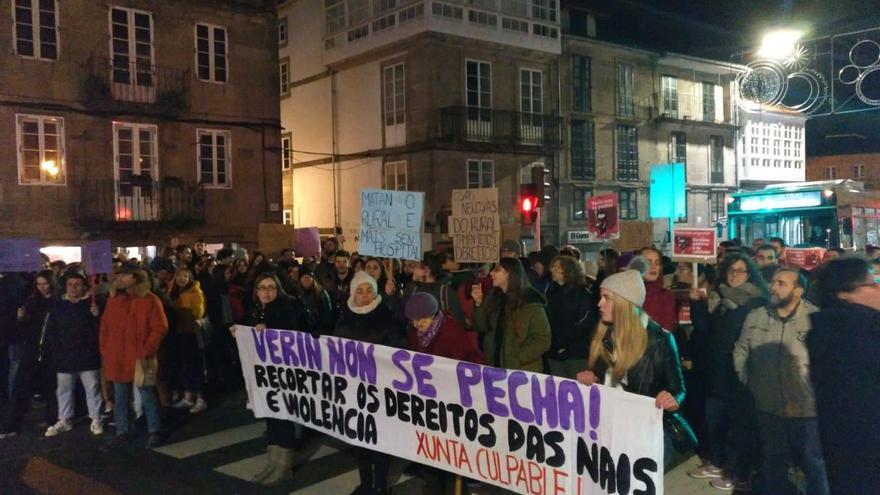 Movilización en Santiago contra el cierre del paritorio de Verín