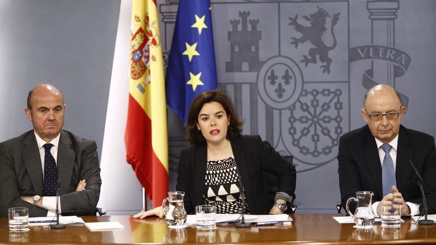 Santamaría y Guindos reforzados en el nuevo Gobierno, que tendrá al ministro de Educación como portavoz