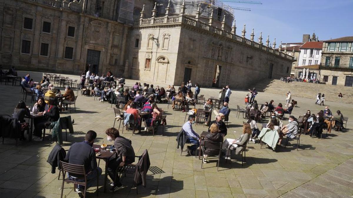 Terraza en la Praza da Quintana en Santiago de Compostela