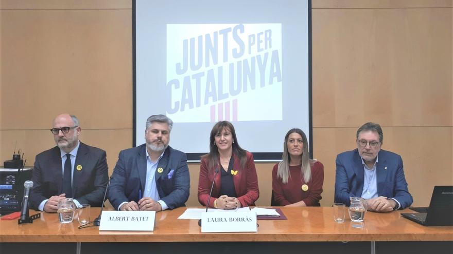 """Borràs (JxCat) expresa """"perplejidad"""" por el pacto de ERC y PSOE para investir a Sánchez"""