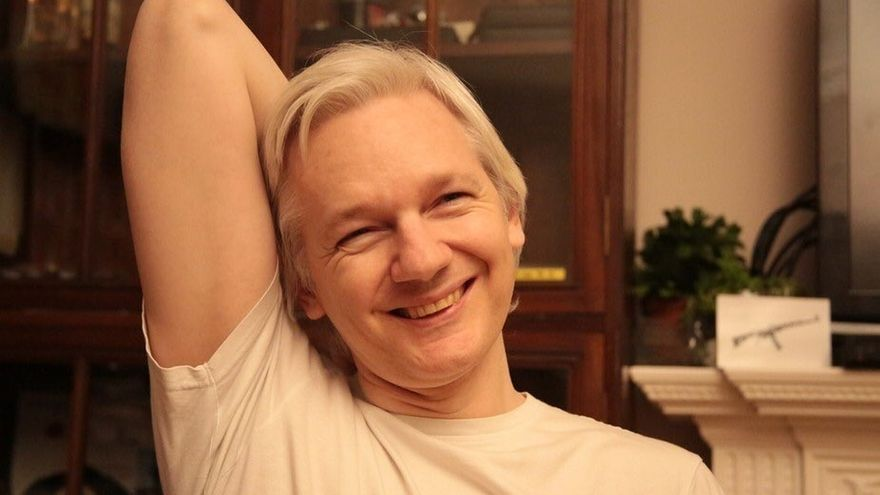 Assange ofrece 20.000 euros a quien revele el dispositivo policial del 1-O