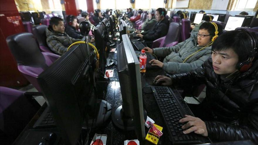 """China pide a EEUU que deje de acusarle """"irresponsablemente"""" de ciberataques"""