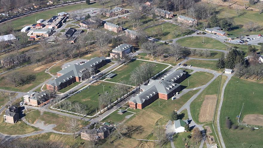 Vista aérea del Campo Federal de Prisión de Alderson, en West Virginia.
