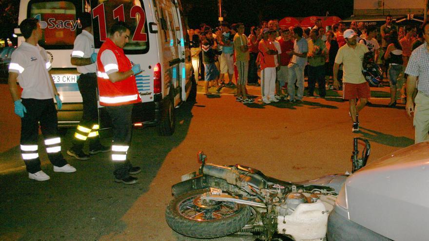 Empresa de Jaén crea un vehículo sanitario con techo móvil para llegar a lugares difíciles
