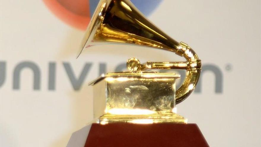 El argentino Claudio Roncoli da vida y color al cartel de los Grammy Latino