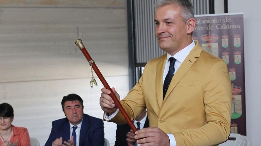 El polémico alcalde de Villamayor de Calatrava (Ciudad Real) se perfila como rival de Núñez a dirigir el PP de Castilla-La Mancha