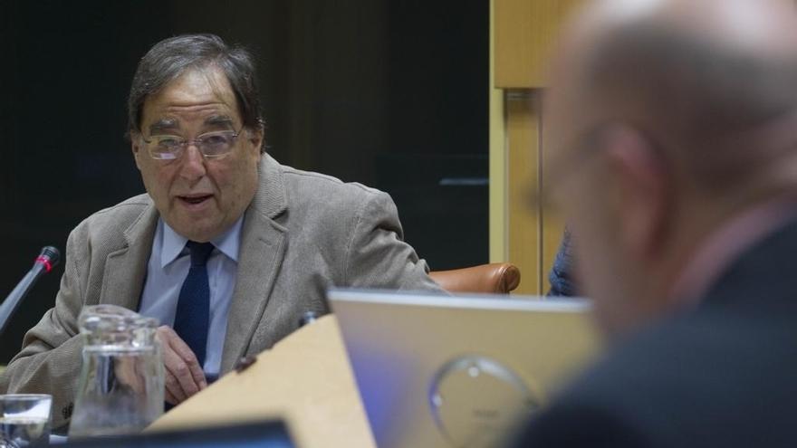 """Experto en Derecho afirma en el Parlamento vasco que en España """"no hay derecho a la autodeterminación"""""""