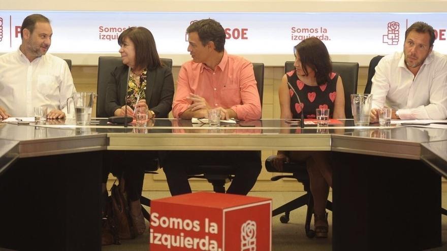 """La presidenta del PSOE no cree que la limitación de mandatos sea """"una prioridad en este momento"""""""