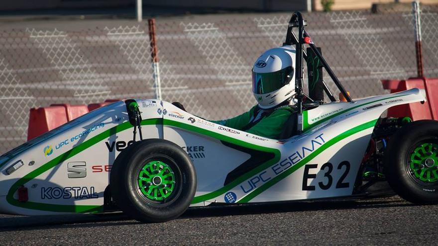 Así lucía el modelo ecoRZ en el último campeonato de Formula Student de España, donde se coronaron como ganadores (Imagen: ecoRacing   Facebook)