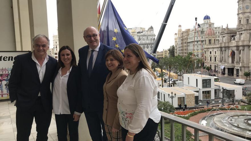 Estaban González Pons, María José Catalá, Phil Hogan, Isabel Bonig y Esther Herranz