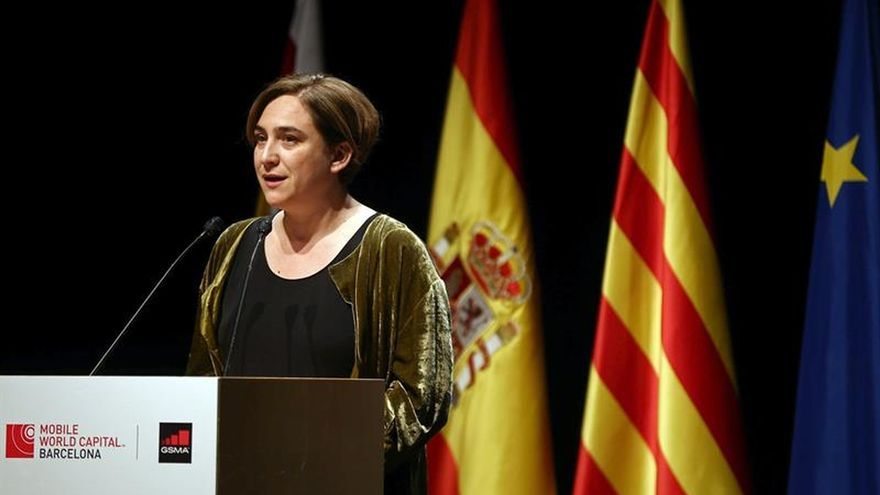 Puigdemont, Soria y Colau inauguran el Congreso Mundial de Móviles