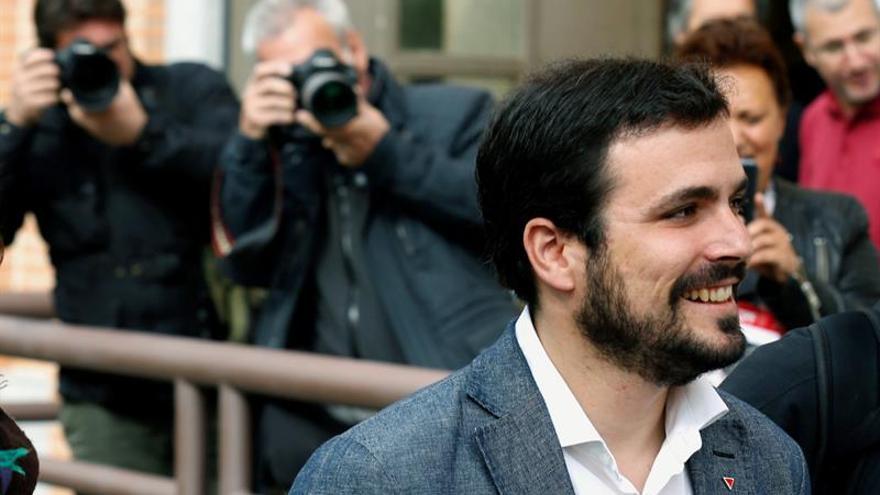 Garzón espera cerrar hoy el acuerdo electoral de IU con Podemos