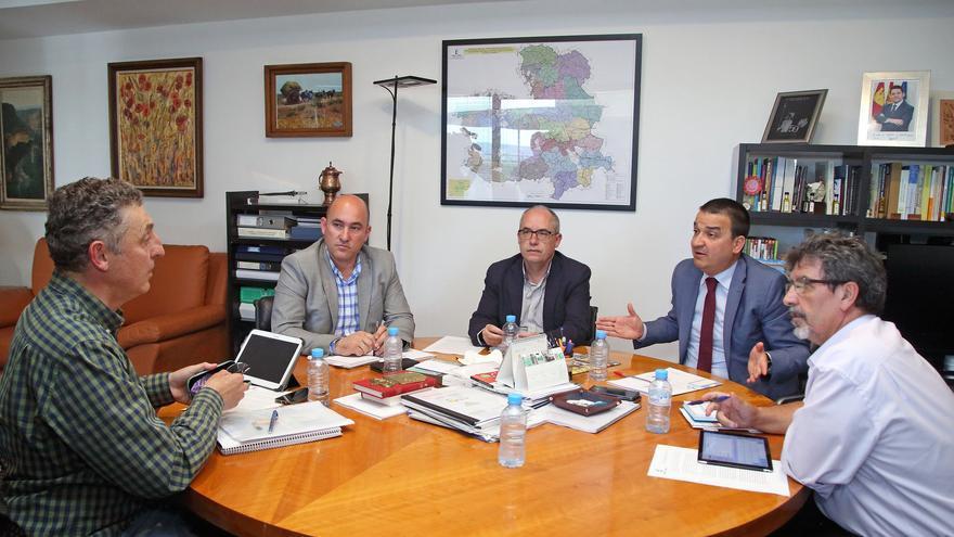 Reunión de Francisco Martínez Arroyo con Miguel Ángel Hernández
