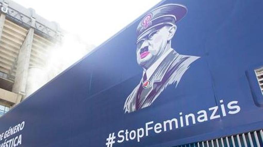 El autobús antifeminista de Hazte Oír.