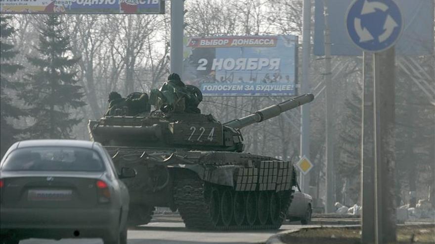 Kiev y los separatistas cruzan acusaciones de incumplir el alto el fuego