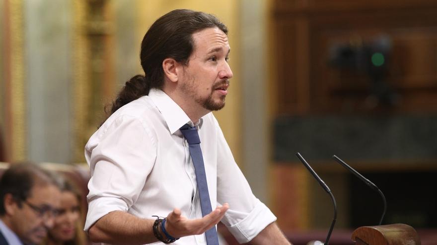 """Pablo Iglesias avisa a Pedro Sánchez de que """"la batalla"""" no está en la izquierda sino en sacar al PP del Gobierno"""