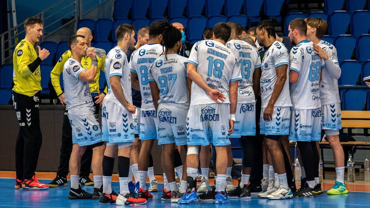Jugadores del C' Chartres MHB en un partido