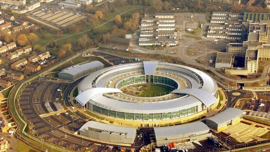 El espionaje británico abre su primera cuenta de Twitter