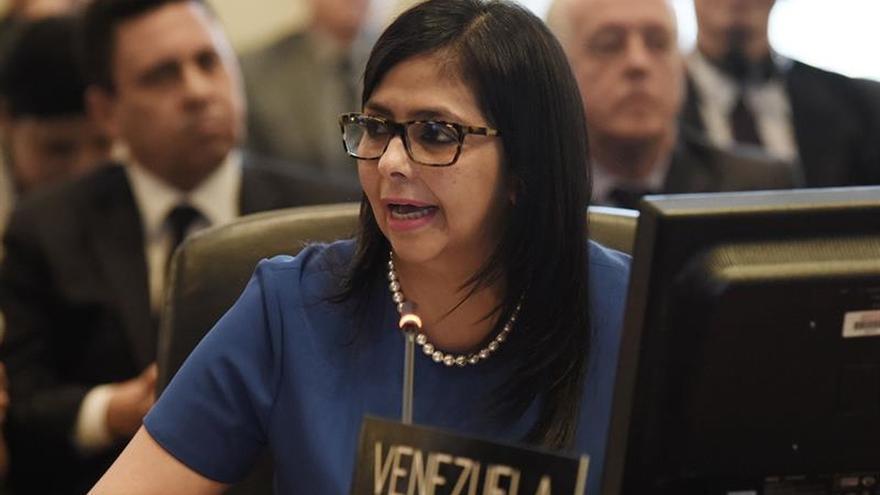 Canciller dice que Rajoy usa a Venezuela para distraer los casos de corrupción