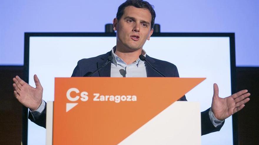 Rivera: Si el PP propone en un minuto otro candidato en Murcia, el pacto sigue