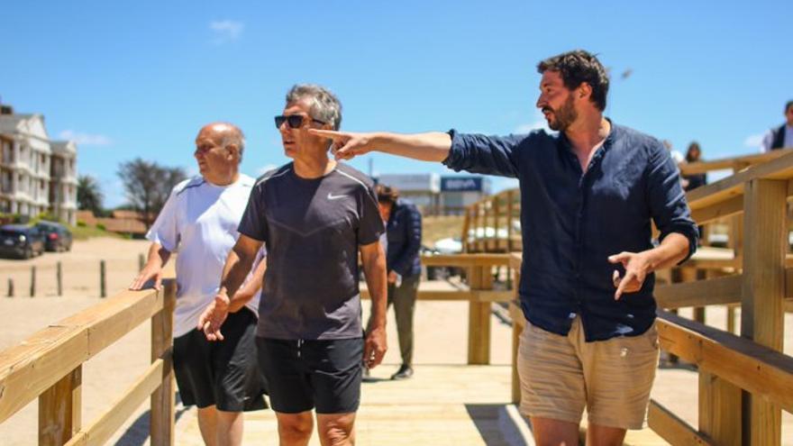 Yeza y Macri, recorriendo Pinamar en diciembre pasado