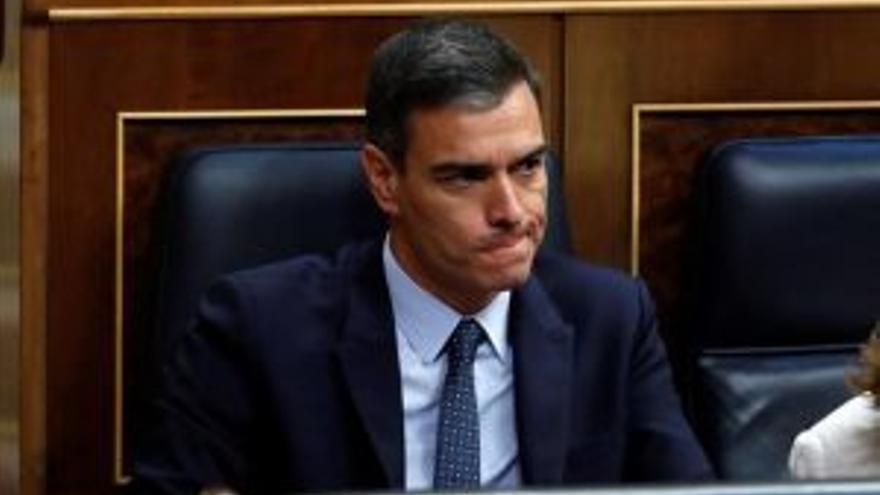 Pedro durante la votación de investidura. EFE Naranjo de Pedro