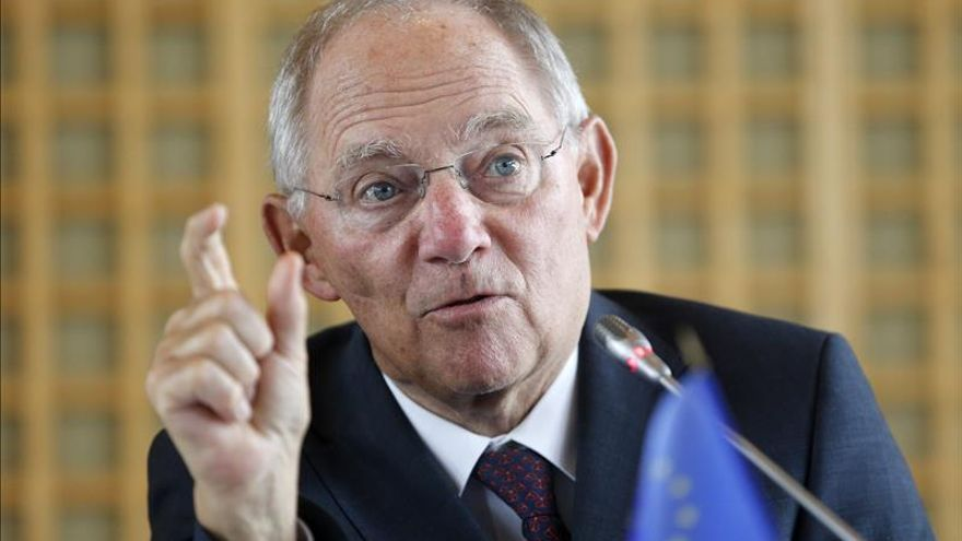 Schäuble insta a los jóvenes españoles sin empleo a cambiar de ciudad