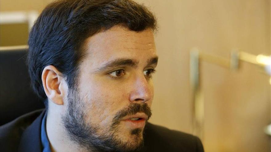 """Garzón asume el reto de parar al PP en las urnas y sin ser """"muleta"""" del PSOE"""