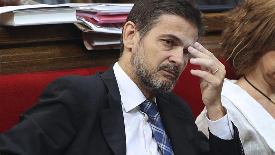 Oriol Pujol deja su escaño en el Parlament y la secretaría general de CDC