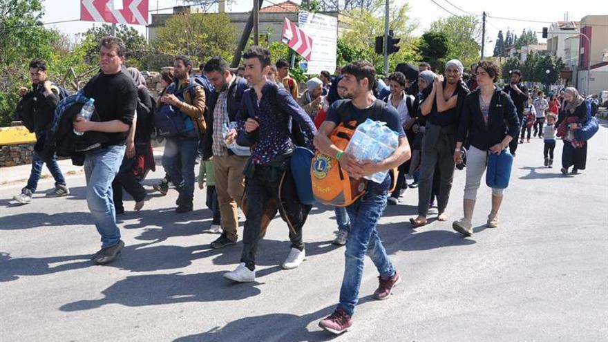 Un barco de Frontex rescata a 70 refugiados cerca de la isla griega de Quíos