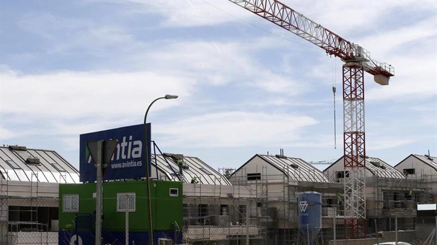 La producción en la construcción bajó un 0,2 % en la eurozona en diciembre