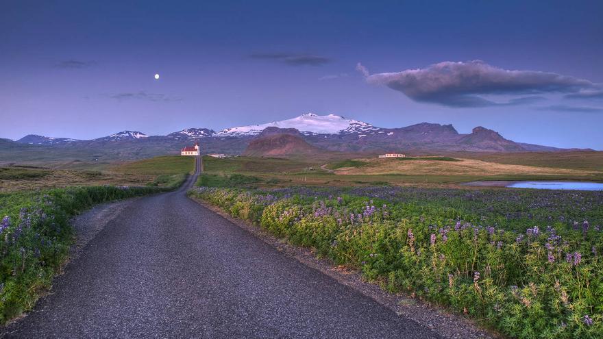 Carretera en la Península de Snaefellses, una de las maravillas de la Ring Road. Iceland.is