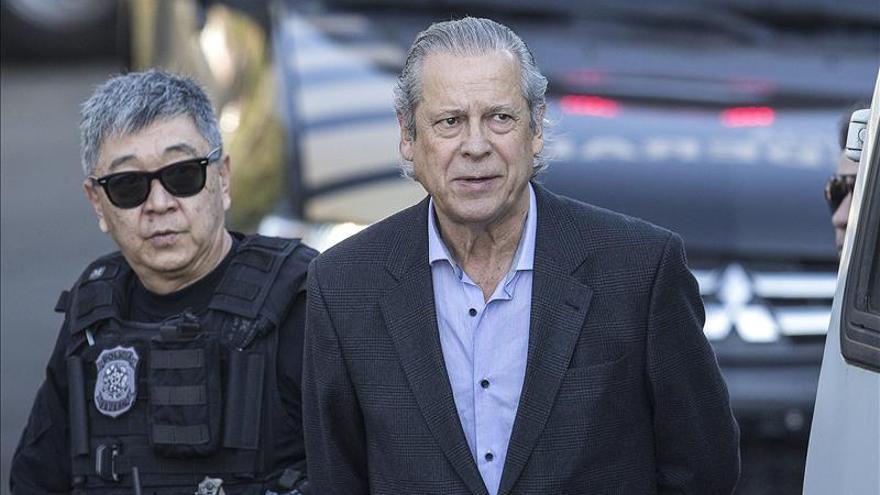 La justicia brasileña acepta las denuncias contra un exministro y el extesorero del PT