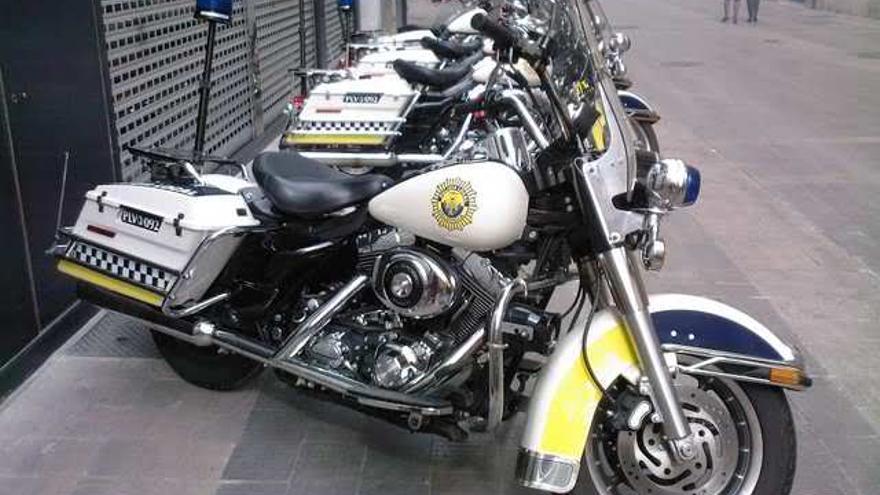 Se subastarán 5 de las 6 Harley Davidson de la Policía Local