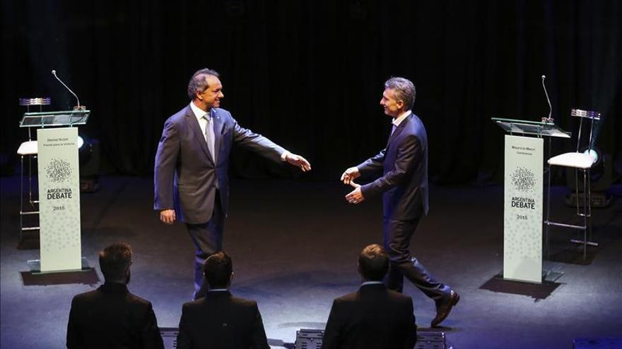 Los candidatos argentinos jugaron sus últimas cartas en un debate caliente en busca del voto de los indecisos