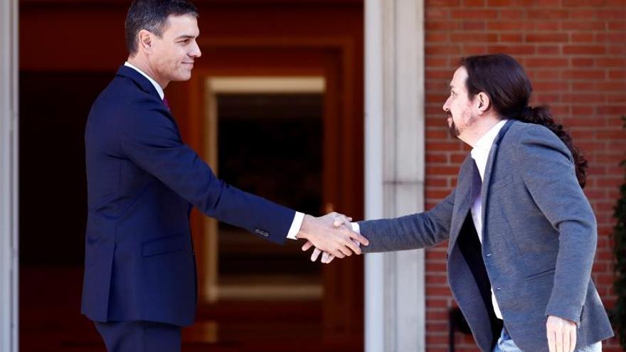 Concluye la reunión entre Sánchez e Iglesias para analizar a crisis catalana