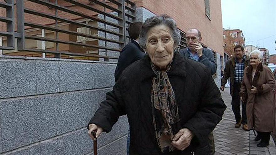 La PAH pide que se otorgue una vivienda social a la mujer de 85 años desahuciada