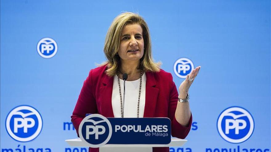 Báñez dice que la subida del paro registrado en octubre es normal