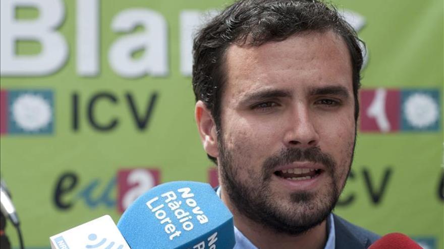 Garzón equipara los proyectos de PP y C's y defiende la manifestación del 15M