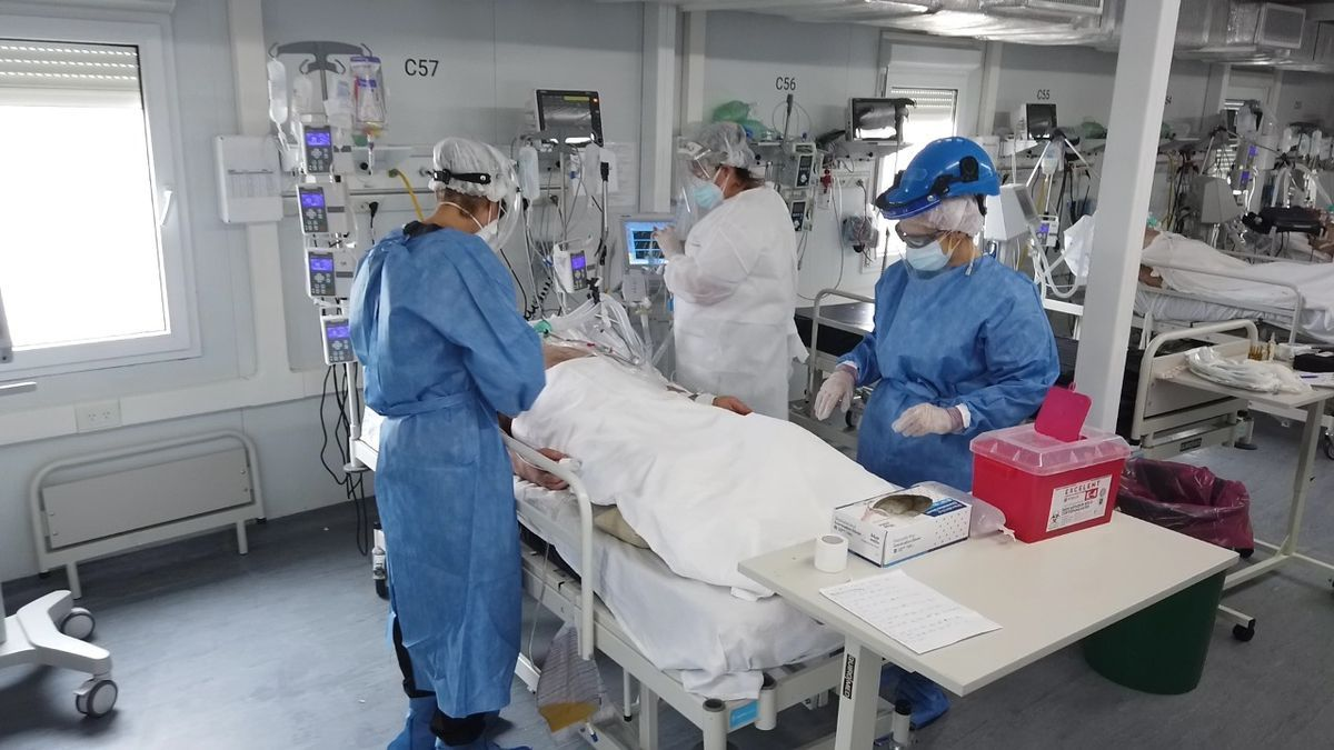 La ocupación de camas de terapia en AMBA y de La Plata está entre el 67 y el 95%, según el lugar.