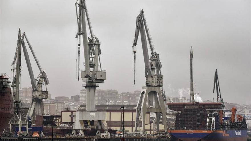 El futuro de La Naval inquieta a la Margen Izquierda tras un siglo navegando juntos