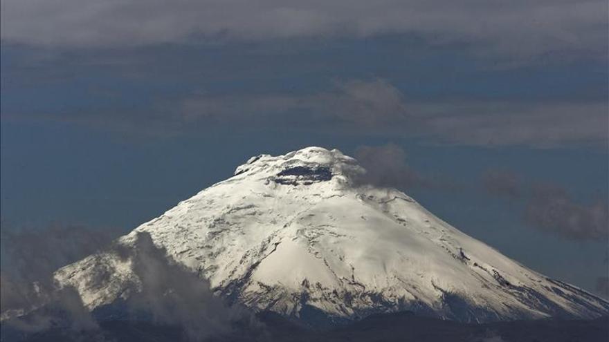 Geofísico ve poco probable un proceso eruptivo en el volcán ecuatoriano Cotopaxi