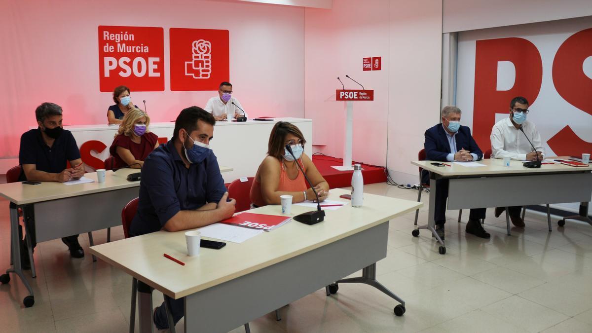 La dirección regional socialista, durante el último comité del PSRM.