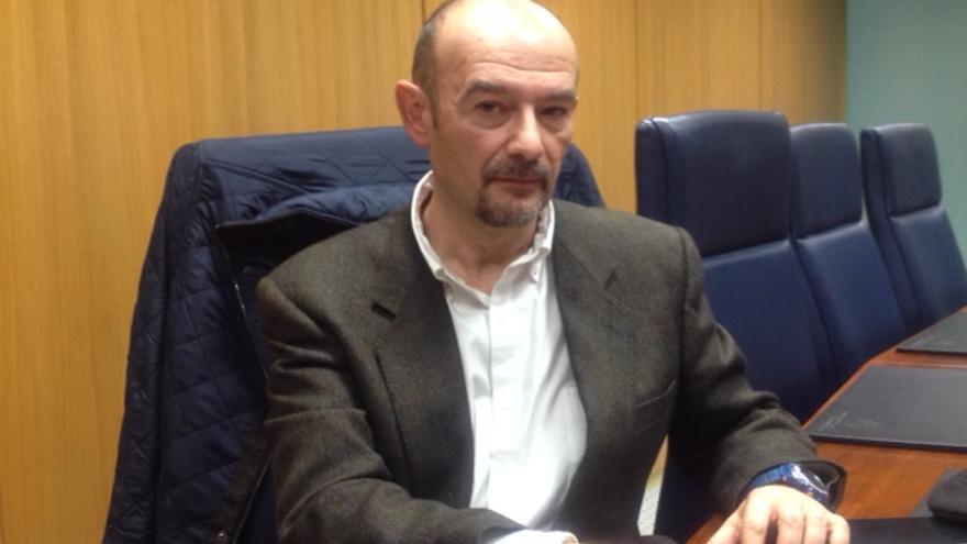 El doctor en Historia Contemporánea de la UPV, José Antonio Pérez.