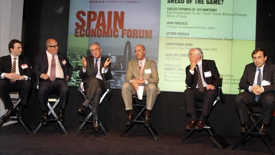 España busca recuperar confianza con un foro sobre su economía en Nueva York