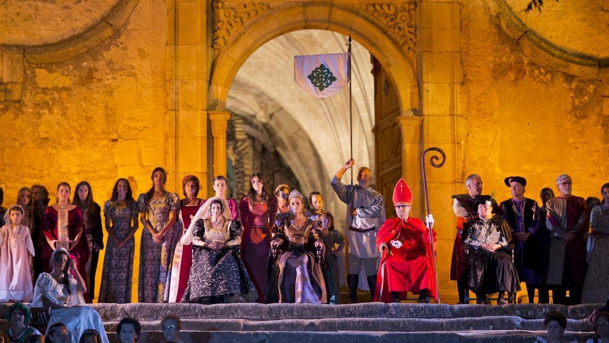 Recreación en Valencia de Alcántara de la boda regia entre la infanta Isabel, hija de los Reyes Católicos y el rey don Manuel de Portugal