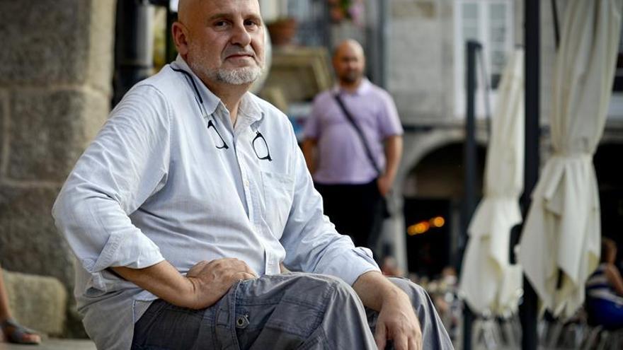 """Antón Reixa: """"Seguir siendo punki no es fácil en la vida"""""""